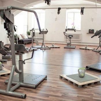 Femme Motion - Fitnessstudio in Villach - Zirkeltraining unsere modernen Geräte für deinen Erfolg - 01